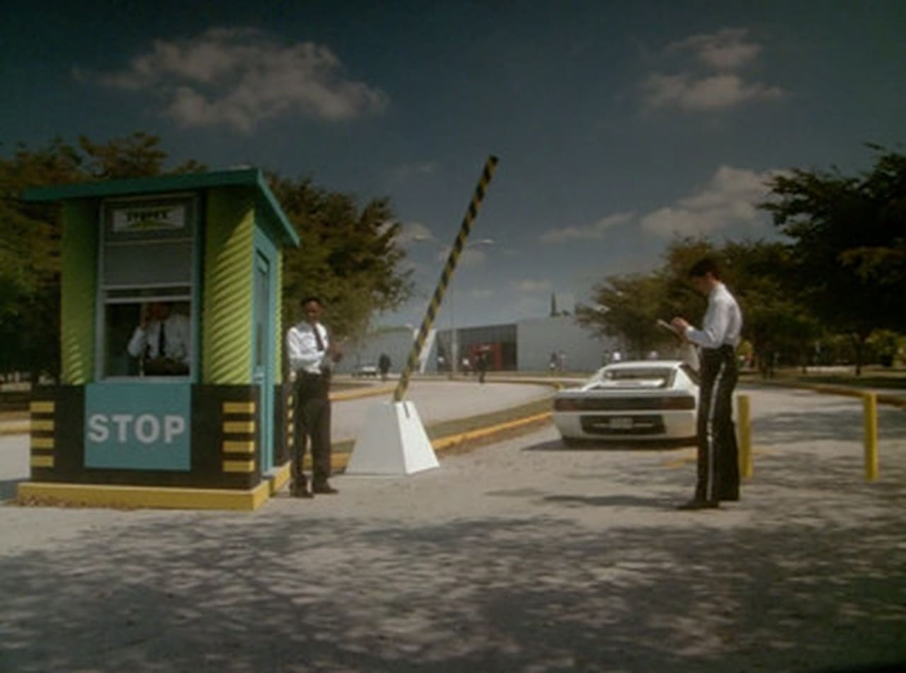 Miami Vice Episode: World of Trouble